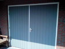 Welk hout voor garagedeur
